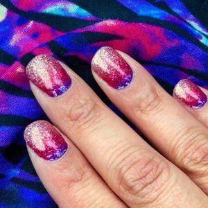 Color Street Nail Strips - Nuclear Fuchsian